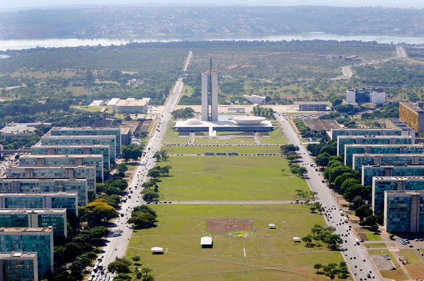 Vista aérea da Esplanada dos Ministérios em Brasília.