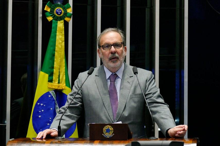 Plenário do Senado Federal durante sessão deliberativa ordinária.   Em discurso, senador Armando Monteiro (PTB-PE).  Foto: Roque de Sá/Agência Senado
