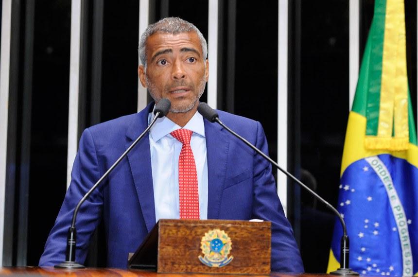 Plenário do Senado Federal durante sessão deliberativa ordinária.   Em discurso, senador Romário (Pode-RJ).   Foto: Waldemir Barreto/Agência Senado