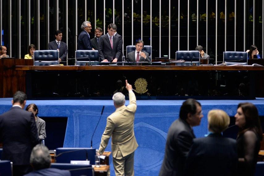 Plenário do Senado durante sessão deliberativa ordinária. Ordem do dia.   À mesa, presidente do Senado Federal, senador Eunício Oliveira (PMDB-CE).  Foto: Jefferson Rudy/Agência Senado
