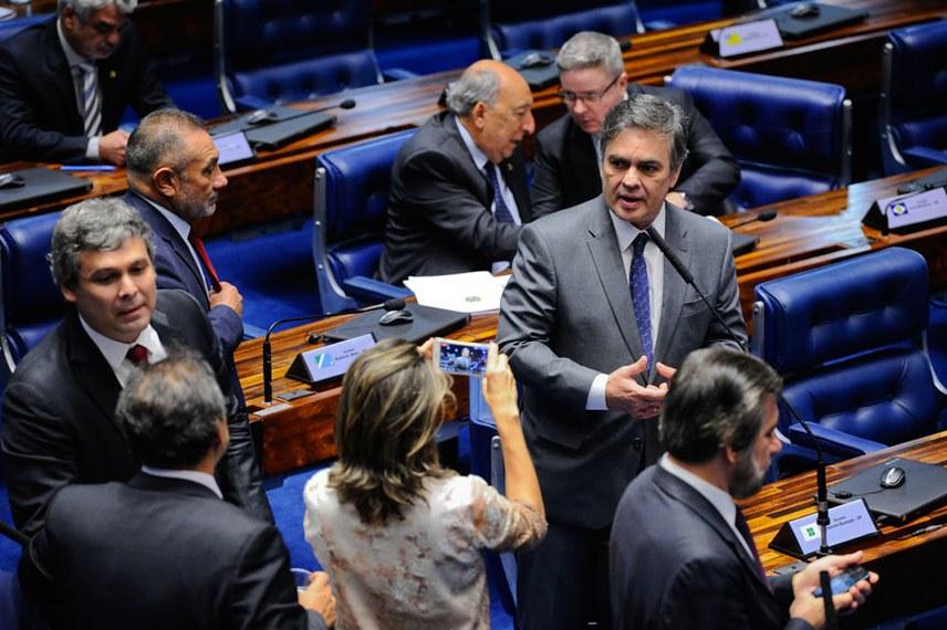 Plenário do Senado durante sessão deliberativa ordinária. Ordem do dia.  Em pronunciamento, senador Cássio Cunha Lima (PSDB-PB).   Foto: Marcos Oliveira/Agência Senado