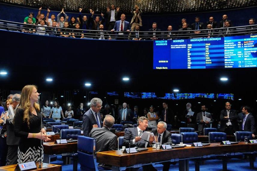 Agentes penitenciários acompanharam a votação, no Plenário Senado, da PEC que cria as polícias penais