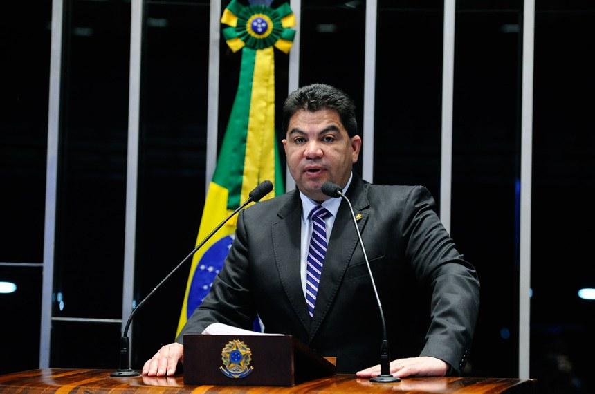 Plenário do Senado Federal durante sessão deliberativa extraordinária. Ordem do dia.   Em discurso, senador Cidinho Santos (PR-MT).   Foto: Marcos Oliveira/Agência Senado