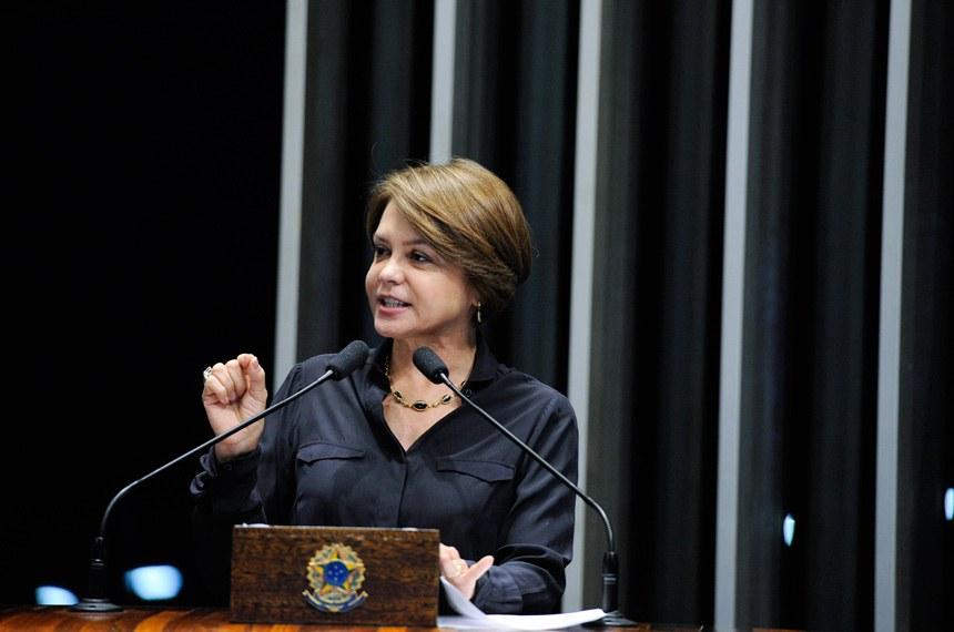 Plenário do Senado durante Sessão deliberativa extraordinária.  Em discurso, à tribuna, senadora Ângela Portela (PDT-RR).  Foto: Edilson Rodrigues/Agência Senado