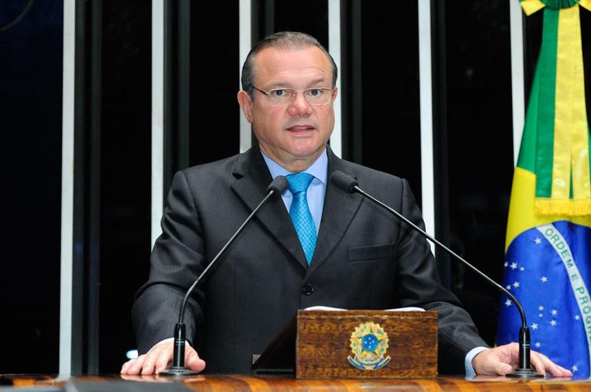 Plenário do Senado durante sessão não deliberativa.  Em discurso, à tribuna, senador Wellington Fagundes (PR-MT).  Foto: Waldemir Barreto/Agência Senado