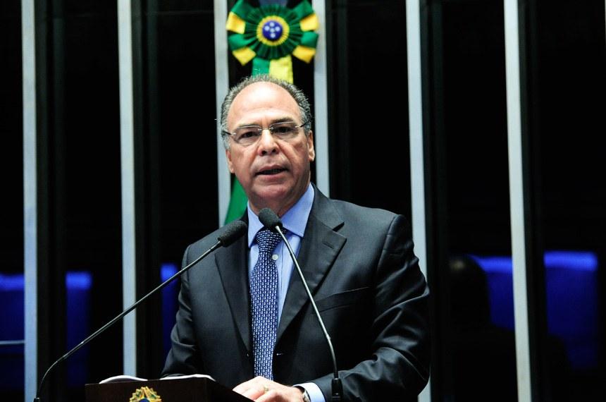 Plenário do Senado Federal durante sessão deliberativa ordinária. Em discurso, senador Fernando Bezerra Coelho (PMDB-PE).Foto: Geraldo Magela/Agência Senado