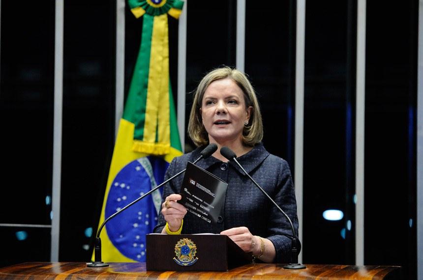 Plenário do Senado Federal durante sessão deliberativa extraordinária.   Em discurso, senadora Gleisi Hoffmann (PT-PR).  Foto: Marcos Oliveira/Agência Senado