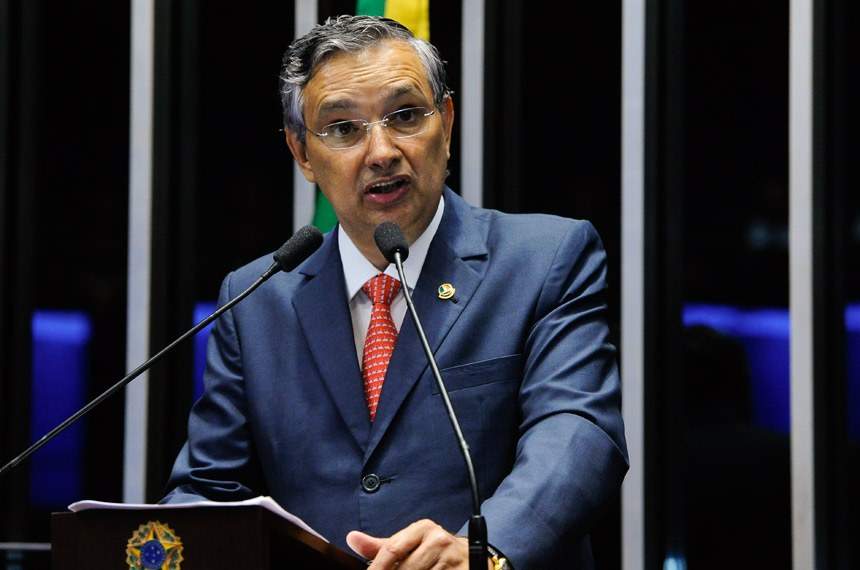 Plenário do Senado durante sessão deliberativa ordinária.  Em discurso, senador Eduardo Amorim (PSDB-SE).   Foto: Geraldo Magela/Agência Senado