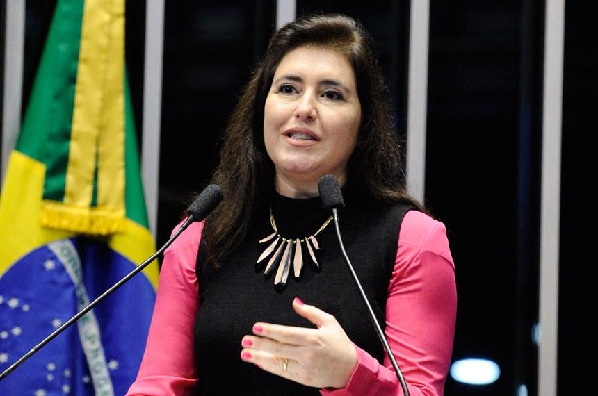 Plenário do Senado Federal durante sessão deliberativa extraordinária.   Em discurso, senadora Simone Tebet (PMDB-MS).  Foto: Marcos Oliveira/Agência Senado