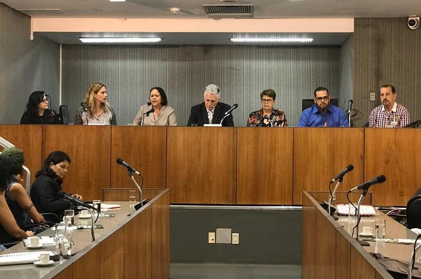 Em BH, CDR realiza o quinto debate sobre o Fundeb.  A senadora Fátima Bezerra (PT-RN) ressalta a importância da mobilização da sociedade para a manutenção do Fundo de Manutenção e Desenvolvimento da Educação Básica e de Valorização dos Profissionais de Educação (Fundeb).