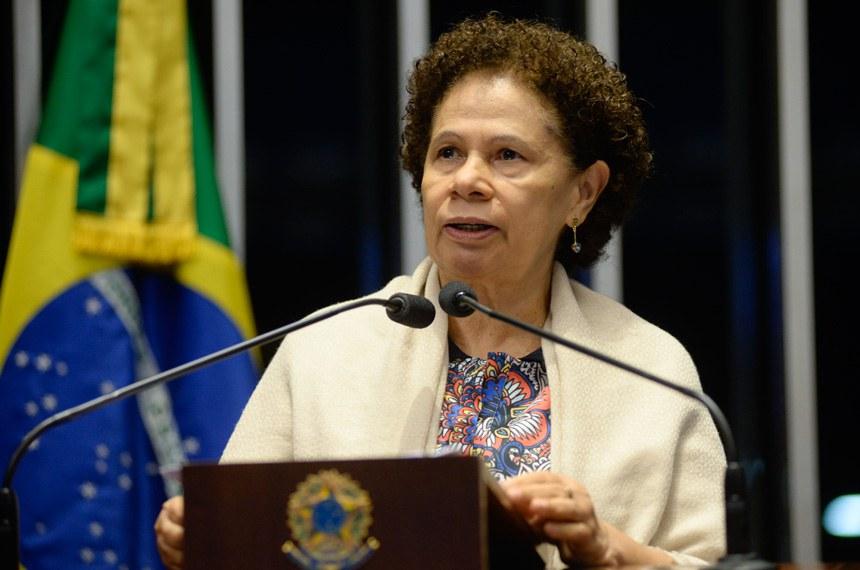 Plenário do Senado durante sessão deliberativa ordinária.  Em discurso, senadora Regina Sousa (PT-PI).  Foto: Jefferson Rudy/Agência Senado