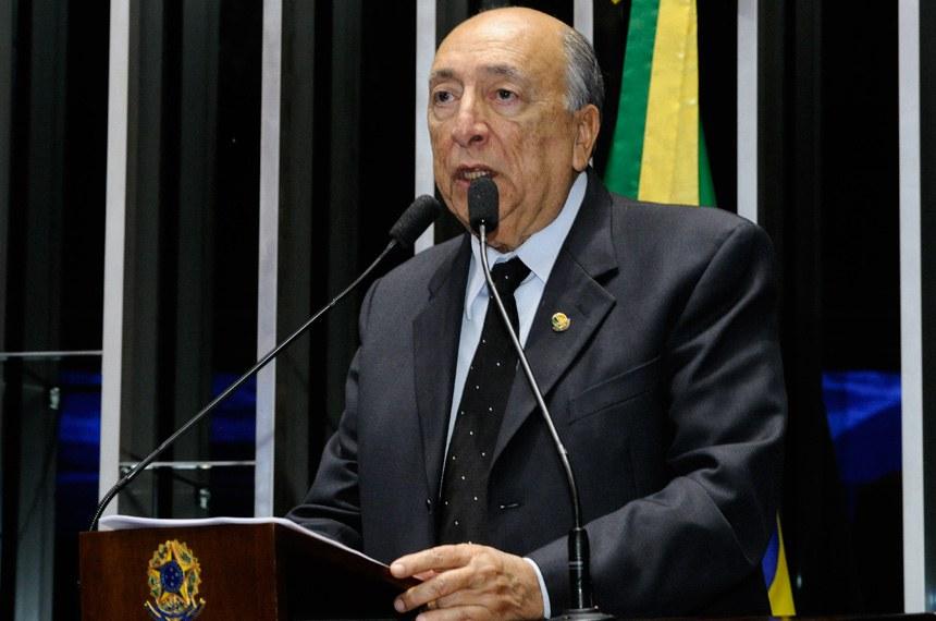 Plenário do Senado durante sessão não deliberativa.  Em discurso, à tribuna, senador Pedro Chaves (PSC-MS).  Foto: Waldemir Barreto/Agência Senado