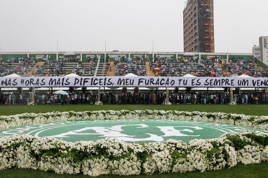 (Chapecó - SC 03/12/2016) Presidente Michel Temer durante  Cerimônia em Homenagem às Vítimas do Acidente com Avião  da Chapecoense  Foto: Beto Barata/PR