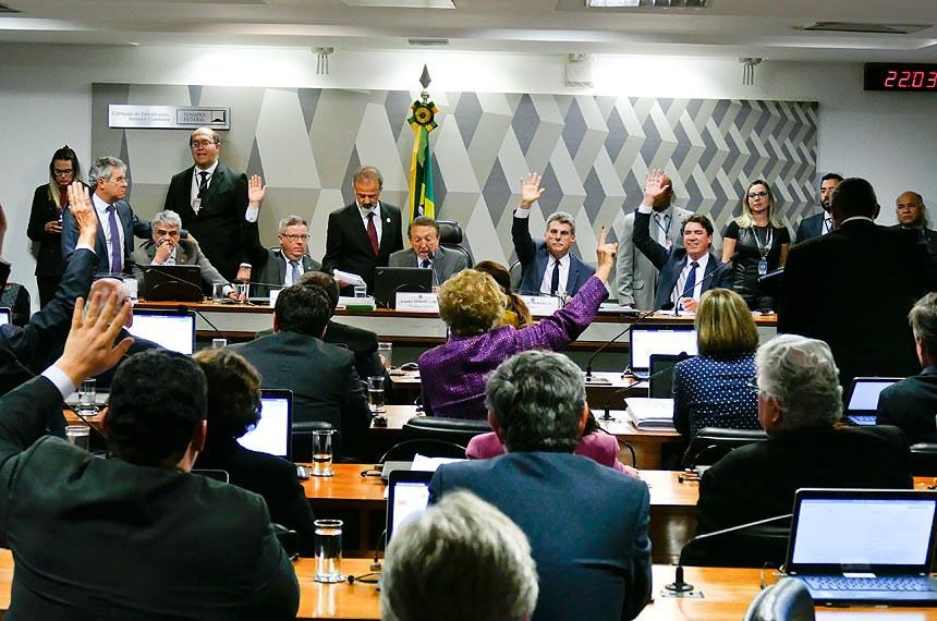 Sala de comissões do Senado durante a Comissão de Constituição, Justiça e Cidadania (CCJ).   Foto: Roque de Sá/Agência Senado