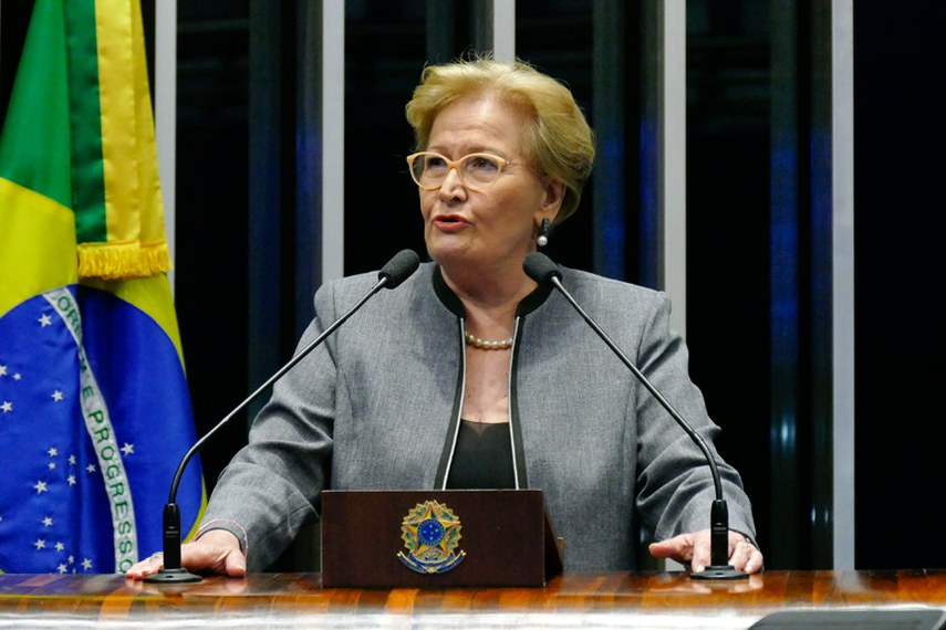 Plenário do Senado Federal durante sessão não deliberativa.   Em discurso, à tribuna, senadora Ana Amélia (PP-RS).  Foto: Roque de Sá/Agência Senado