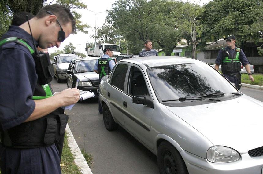Blitz da equipe da EPTC contra o consumo de álcool.