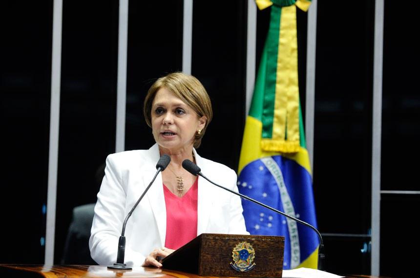 Plenário do Senado Federal durante sessão deliberativa ordinária.   Em discurso, à tribuna, senadora Ângela Portela (PDT-RR).  Foto: Marcos Oliveira/Agência Senado