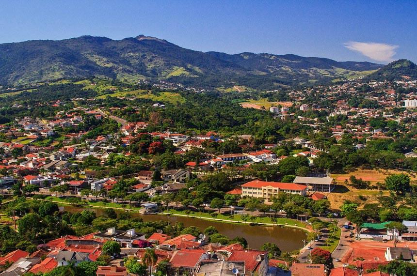 Vista do município de Atibaia (SP)