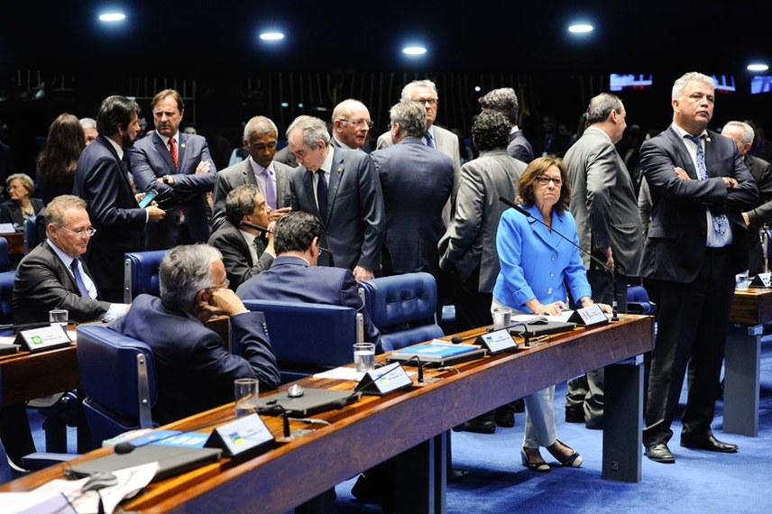 Plenário do Senado em sessão deliberativa extraordinária para votar o decreto de intervenção federal no estado do Rio de Janeiro.  Foto: Marcos Oliveira/Agência Senado