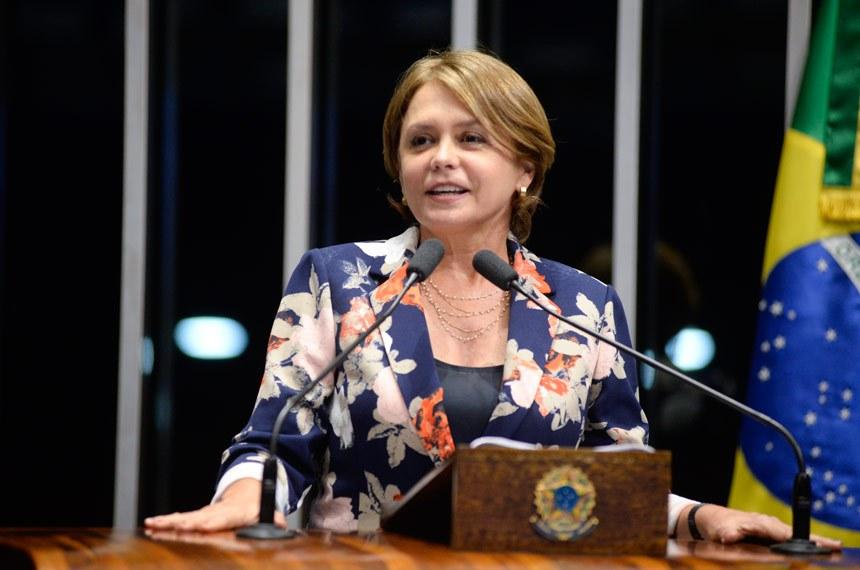 Plenário do Senado Federal durante sessão não deliberativa.   Em discurso, à tribuna, senadora Ângela Portela (PDT-RR).  Foto: Jefferson Rudy/Agência Senado