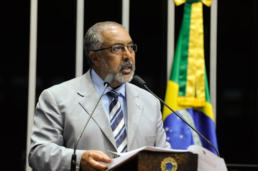 Plenário do Senado Federal durante sessão deliberativa ordinária.   Em discurso, senador Paulo Paim (PT-RS).  Foto: Moreira Mariz /Agência Senado