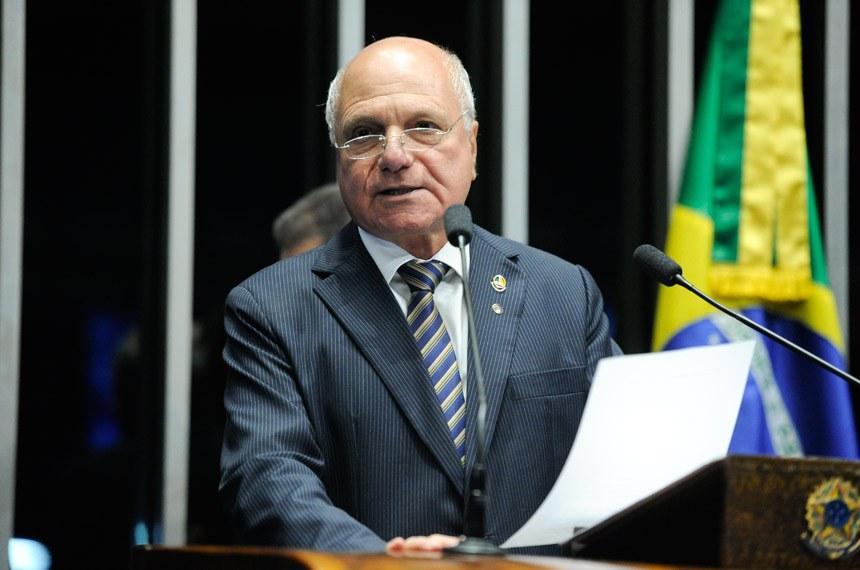 Plenário do Senado Federal durante sessão deliberativa ordinária.   Em discurso, à tribuna, senador Sérgio de Castro (PDT-ES).  Foto: Moreira Mariz/Agência Senado
