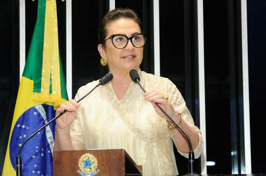 Plenário do Senado Federal durante sessão deliberativa ordinária.   Em discurso, senadora Kátia Abreu (PMDB-TO).  Foto: Waldemir Barreto/Agência Senado