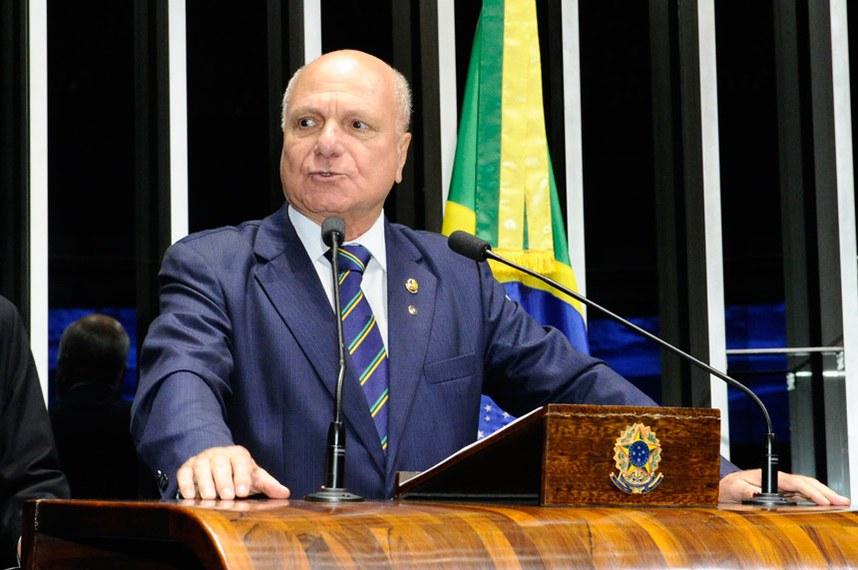 Plenário do Senado Federal durante sessão deliberativa ordinária.   À tribuna em discurso, senador Sérgio de Castro (PDT-ES).  Foto: Waldemir Barreto/Agência Senado
