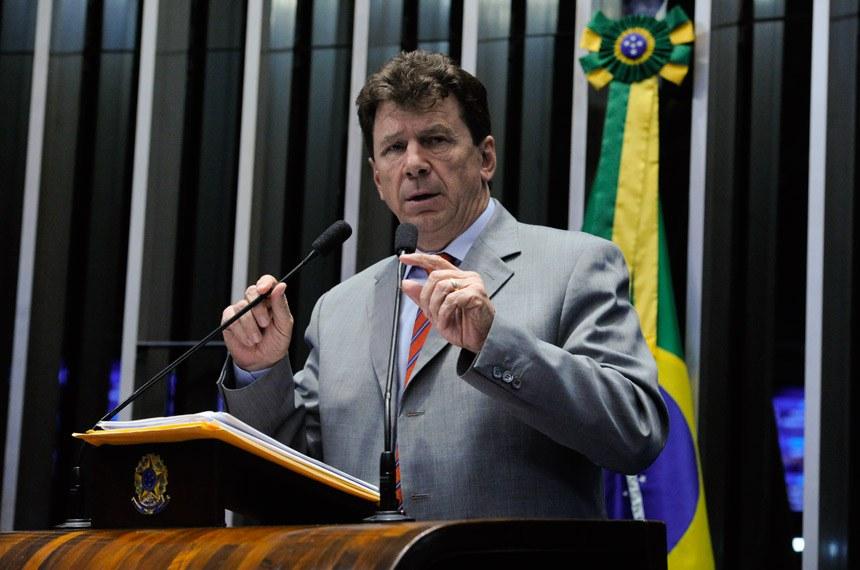 Plenário do Senado Federal durante sessão deliberativa ordinária.   À tribuna em discurso, senador Ivo Cassol (PP-RO).  Foto: Moreira Mariz/Agência Senado