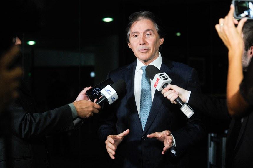 Presidente do Senado, senador Eunício Oliveira (PMDB-CE), concede entrevista.   Foto: Jane de Araújo/Agência Senado
