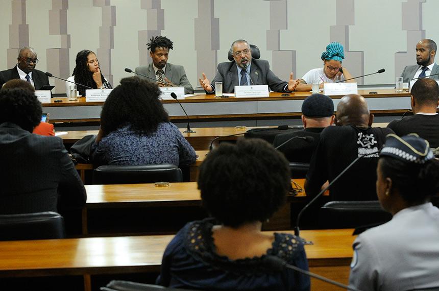 Representatividade dos negros na política precisa aumentar, defendem  debatedores — Senado Notícias