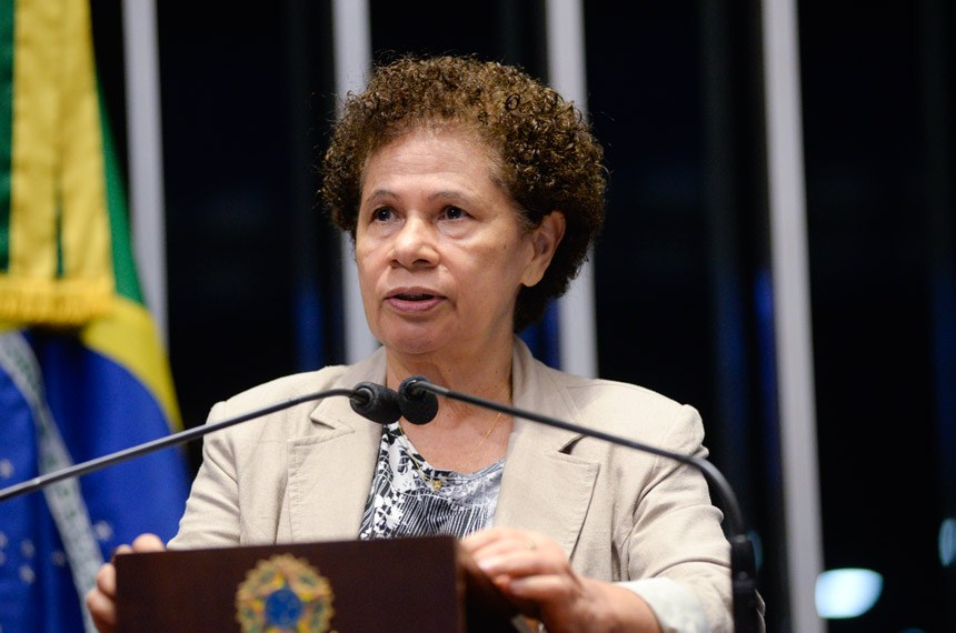 Plenário do Senado Federal durante sessão não deliberativa.   Em discurso, à tribuna, senadora Regina Sousa (PT-PI).  Foto: Jefferson Rudy/Agência Senado