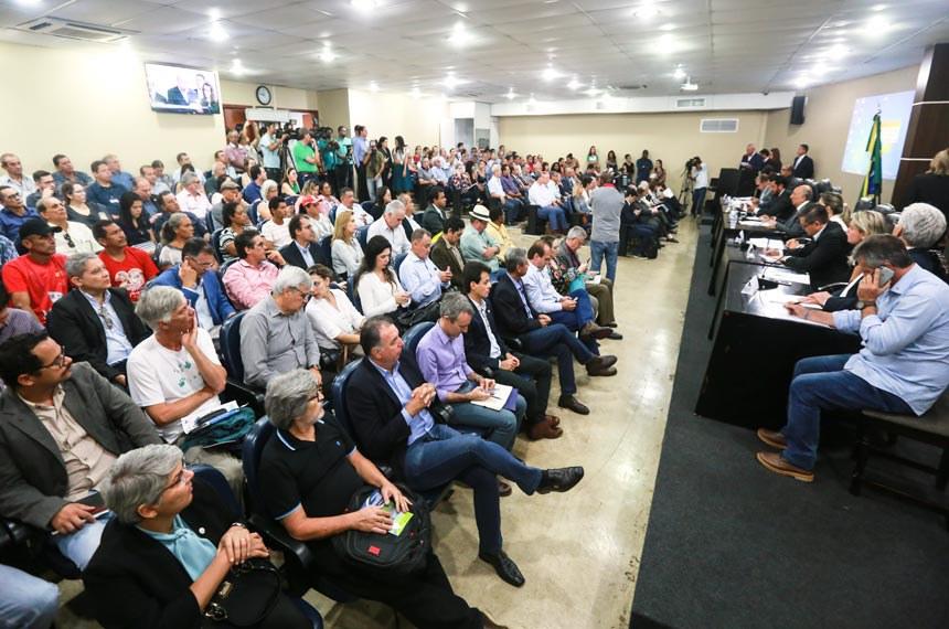Audiência da CMA lotou a sala da Assembleia Legislativa de Mato Grosso