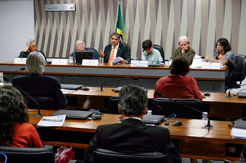 Comissão Senado do Futuro (CSF) realiza audiência pública interativa para debater o tema: Políticas ambientais, dentro do ciclo de palestras;