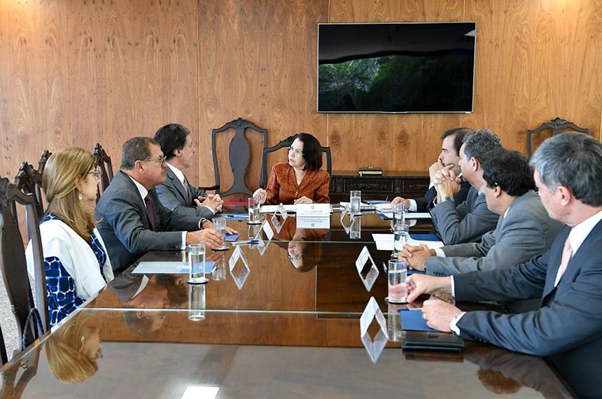 Presidente do Superior Tribunal de Justiça (STJ), Laurita Vaz recebe o presidente do Senado Federal, senador Eunício Oliveira (PMDB-CE).  Foto: Marcos Brandão/Senado Federal