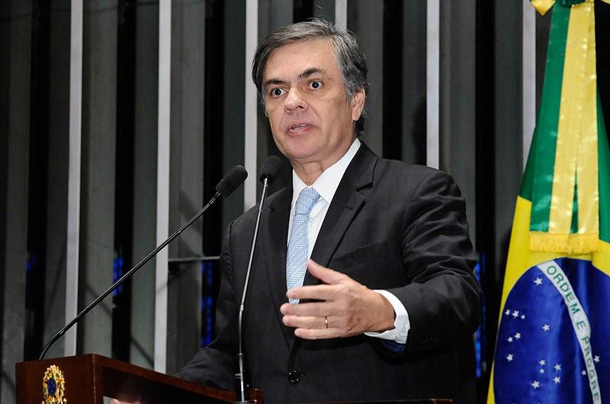 Plenário do Senado Federal durante sessão deliberativa ordinária.   Em discurso, à tribuna, senador Cássio Cunha Lima (PSDB-PB).  Foto: Waldemir Barreto/Agência Senado