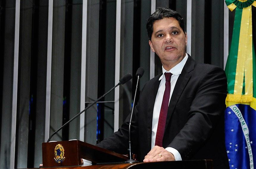 Plenário do Senado Federal durante sessão deliberativa ordinária.   Em discurso, à tribuna, senador Ricardo Ferraço (PSDB-ES).  Foto: Waldemir Barreto/Agência Senado