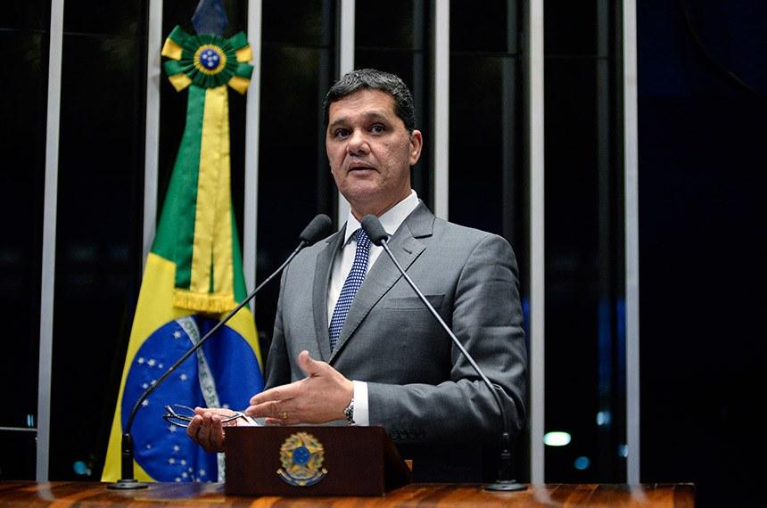 Plenário do Senado Federal durante sessão não deliberativa.   À tribuna em discurso, senador Ricardo Ferraço (PSDB-ES).  Foto: Jefferson Rudy/Agência Senado
