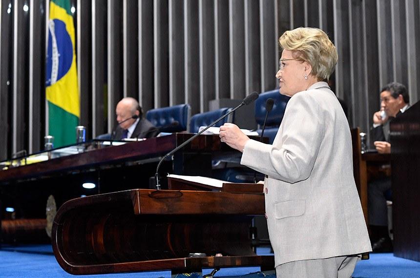 Plenário do Senado Federal durante sessão deliberativa ordinária.   Senador João Alberto Souza (MDB-MA) à mesa.    Em discurso, à tribuna, senadora Ana Amélia (PP-RS).   Foto: Waldemir Barreto/Agência Senado