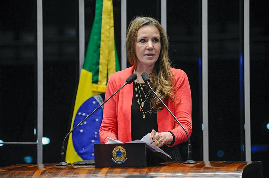 Plenário do Senado Federal durante sessão deliberativa ordinária.   Em discurso, à tribuna, senadora Vanessa Grazziotin (PCdoB-AM).  Foto: Pedro França/Agência Senado
