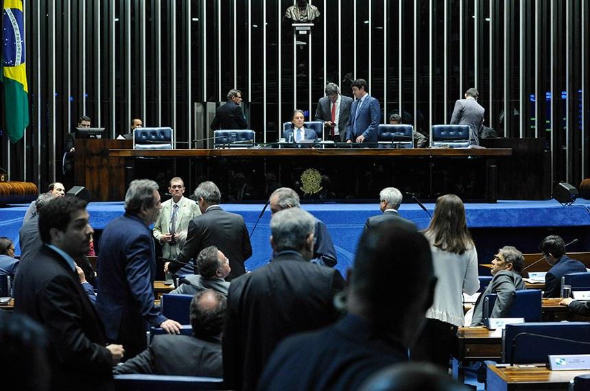 Plenário do Senado Federal durante sessão deliberativa ordinária. Ordem do dia.  À mesa, presidente do Senado, senador Eunício Oliveira (PMDB-CE).  Foto: Moreira Mariz/Agência Senado