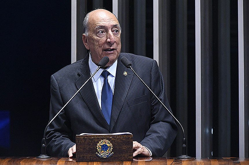 Plenário do Senado Federal durante sessão não deliberativa.   Em discurso, à tribuna, senador Pedro Chaves (PRB-MS).  Foto: Waldemir Barreto/Agência Senado
