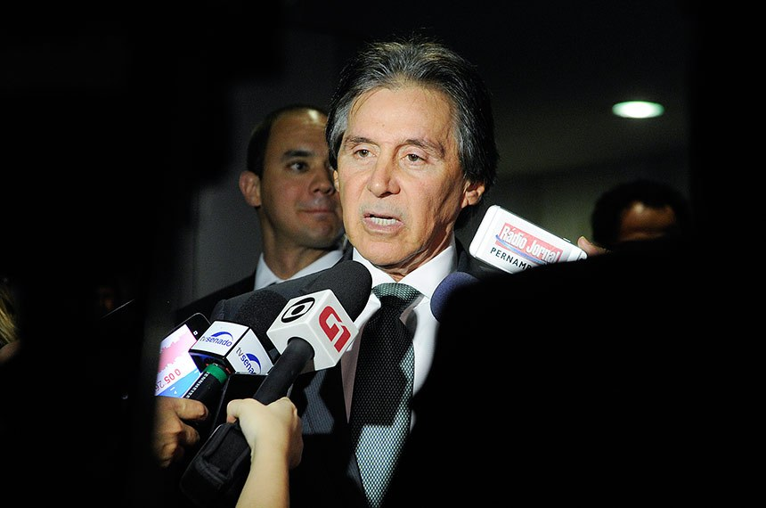 Presidente do Senado Federal, senador Eunício Oliveira (MDB-CE) concede entrevista  Foto: Jane de Araújo/Agência Senado