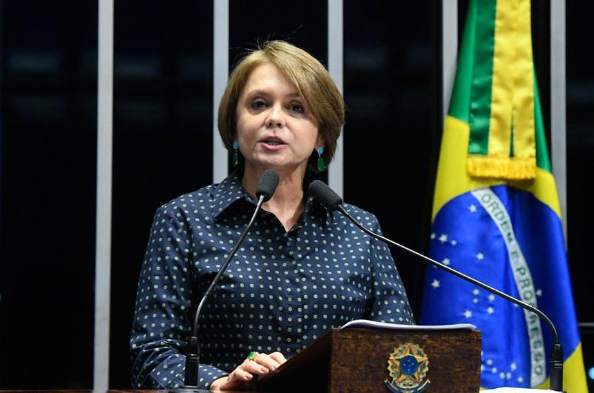 Plenário do Senado Federal durante sessão deliberativa extraordinária.   Em discurso, à tribuna, senadora Ângela Portela (PDT-RR).  Foto: Marcos Oliveira/Agência Senado