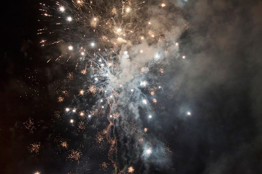 Fireworks.   Fogos de artifício.