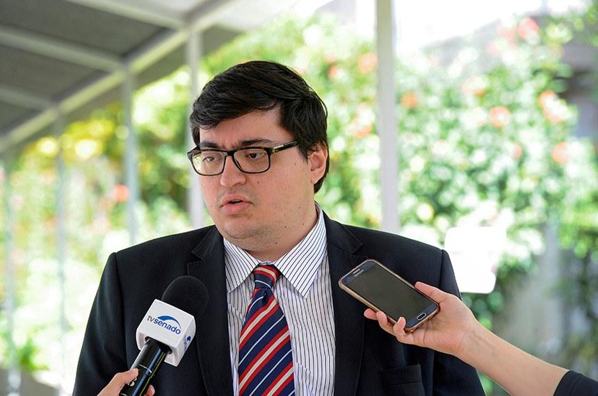 Diretor-executivo da Instituição Fiscal Independente (IFI) do Senado, Felipe Scudeler Salto, concede entrevista.  Foto: Geraldo Magela/Agência Senado