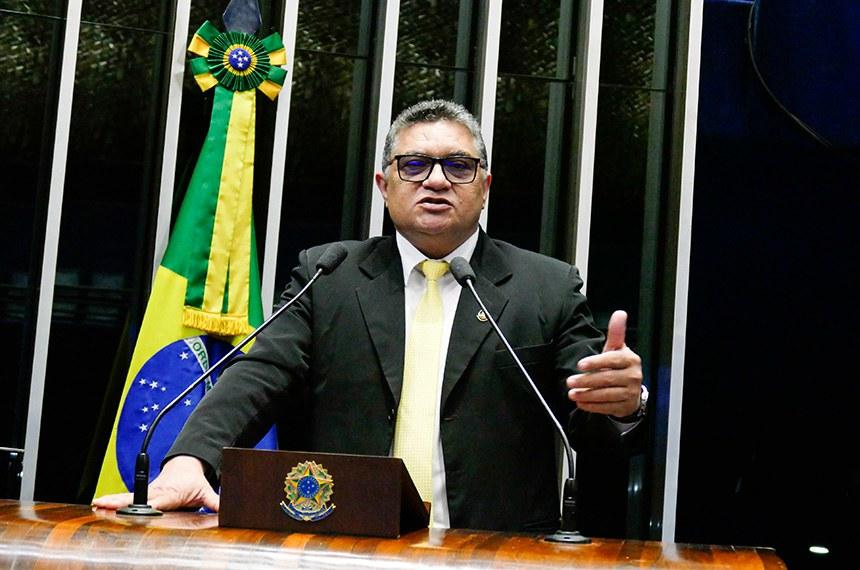 Plenário do Senado Federal durante sessão não deliberativa.   Em discurso, à tribuna, senador Rudson Leite (PV-RR).  Foto: Roque de Sá/Agência Senado
