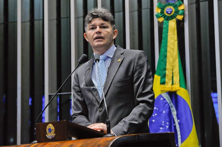 Plenário do Senado Federal durante sessão deliberativa ordinária.   Em discurso, à tribuna, senador José Medeiros (Pode-MT).  Foto: Moreira Mariz/Agência Senado