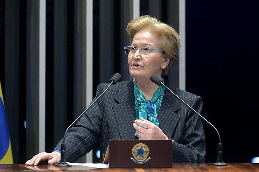 Plenário do Senado Federal durante sessão não deliberativa.   Em discurso, à tribuna, senadora Ana Amélia (PP-RS).  Foto: Waldemir Barreto/Agência Senado