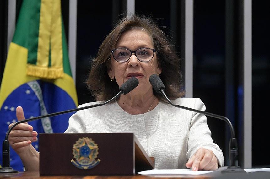 Plenário do Senado Federal durante sessão não deliberativa.   Em discurso, à tribuna, senadora Lídice da Mata (PSB-BA).  Foto: Waldemir Barreto/Agência Senado